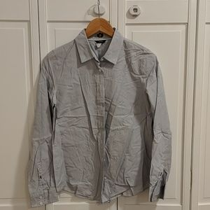 Lot of 4 preppy shirts
